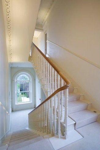 Elgin staircase